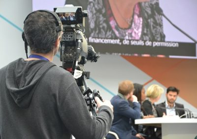 luigi-minier-présentateur-evenement-table-ronde-conference